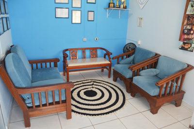Sala de estar e de convívio da clínica de reabilitação para dependentes químicos em pedreira são paulo sp